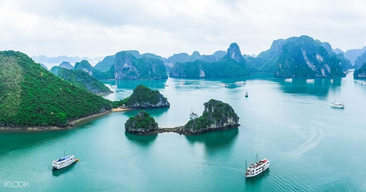 Halong Bay Luxury Cruise - Experience a Deluxe Cruise Tour ...