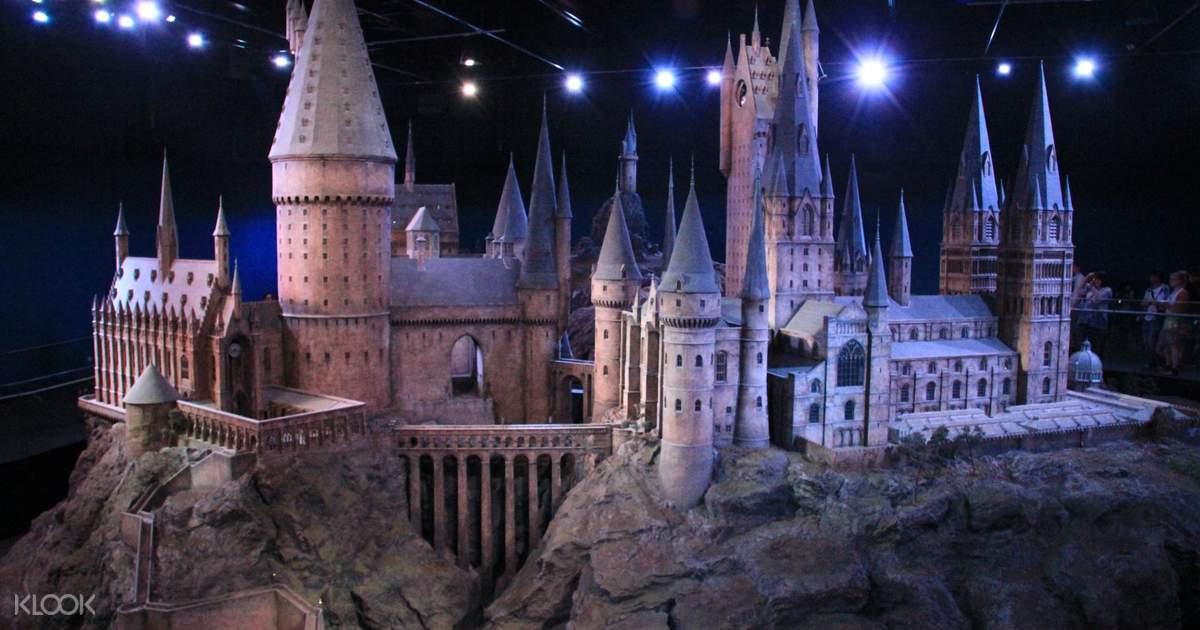 Warner Bros. Studio Tour London - the Making of Harry