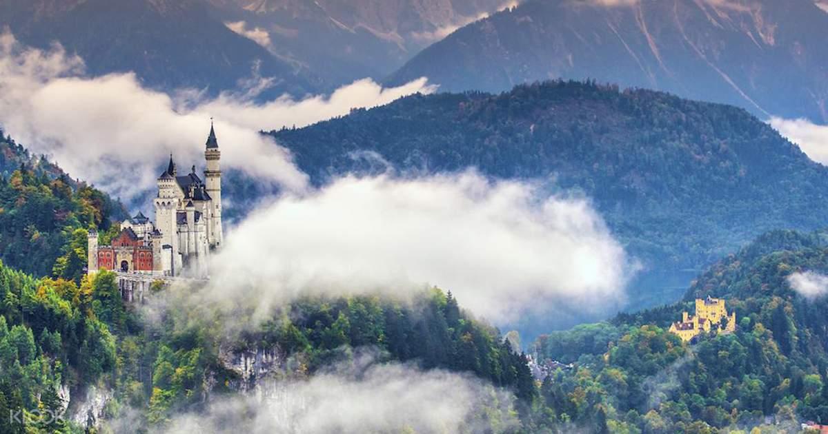 Neuschwanstein & Linderhof Royal Castle and Oberammergau