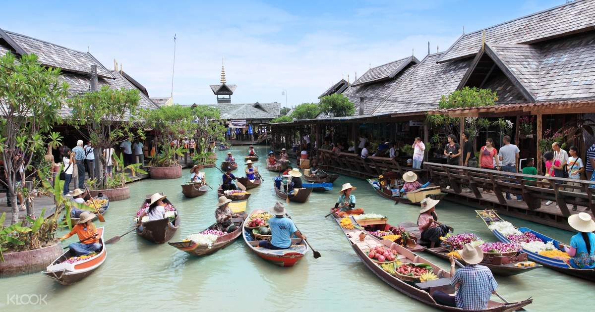 Hasil gambar untuk pattaya floating market thailand