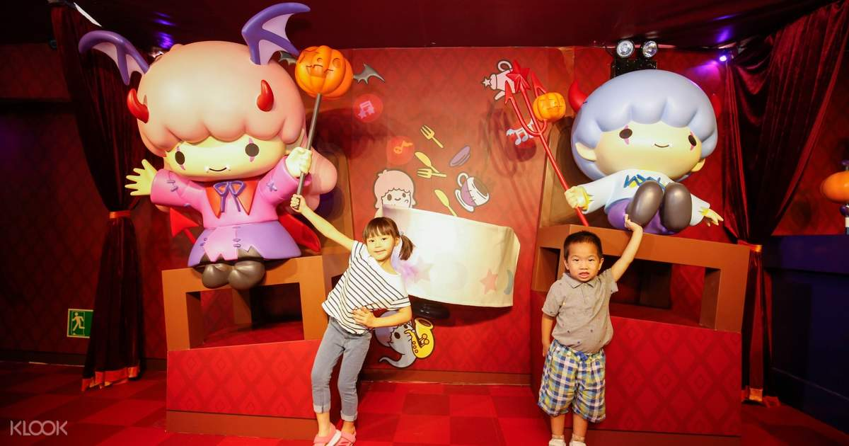 Ocean Park Hong Kong Tickets plus Optional Meals, Coupon