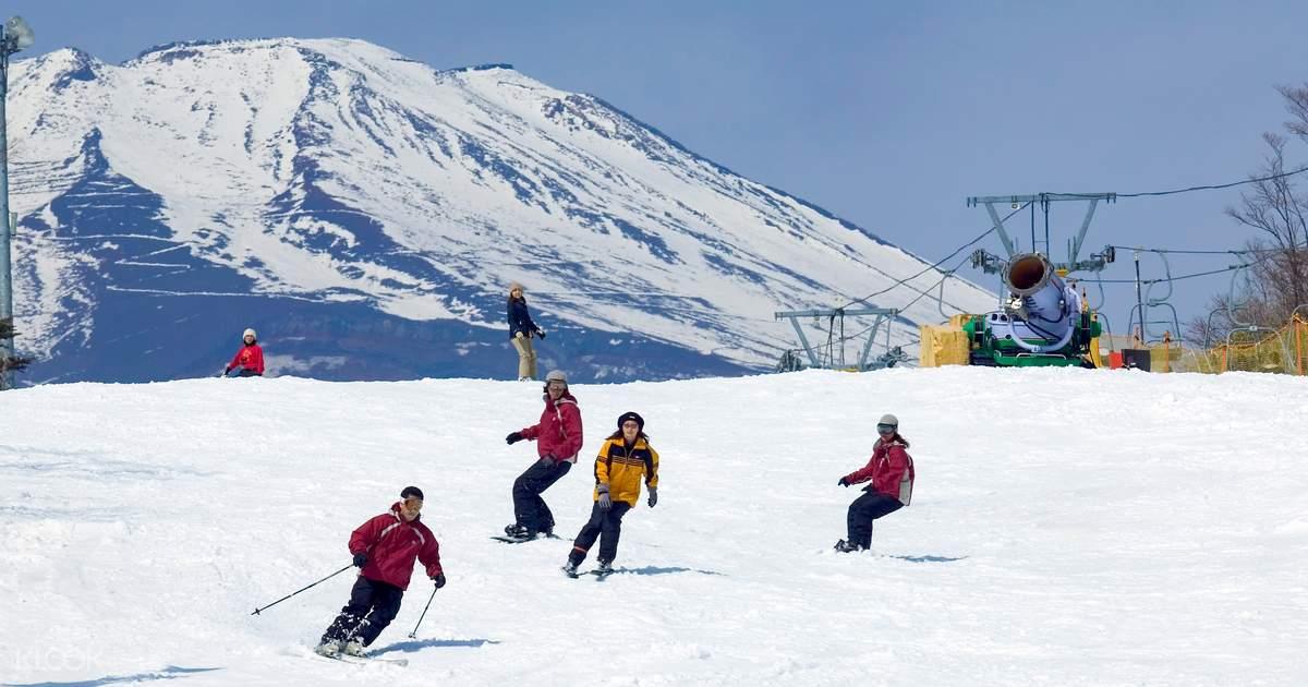 ทริปเล่นสกีที่เมืองหิมะเยติ (Snow Town Yeti) ที่ภูเขาไฟ