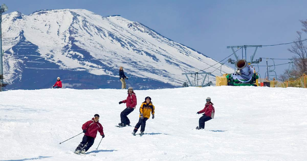 Yeti Promo Code >> Snow Town Yeti Ski Trip with Roundtrip Transfers at Mount Fuji from Tokyo - Klook