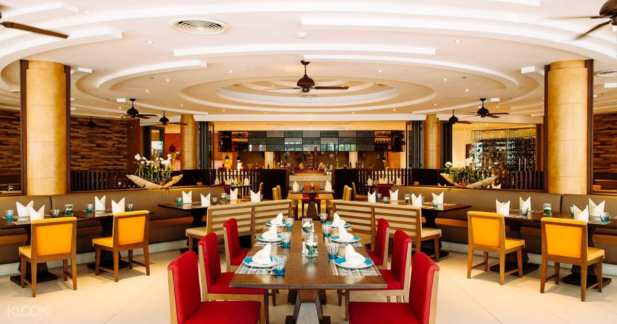 Special Buffet Dinner at Bubbles Restaurant by Grand