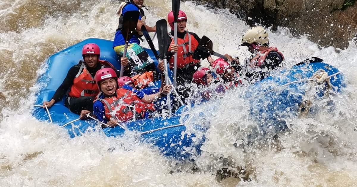 White Water Rafting Adventure in Kuala Kubu Bharu - Klook Malaysia