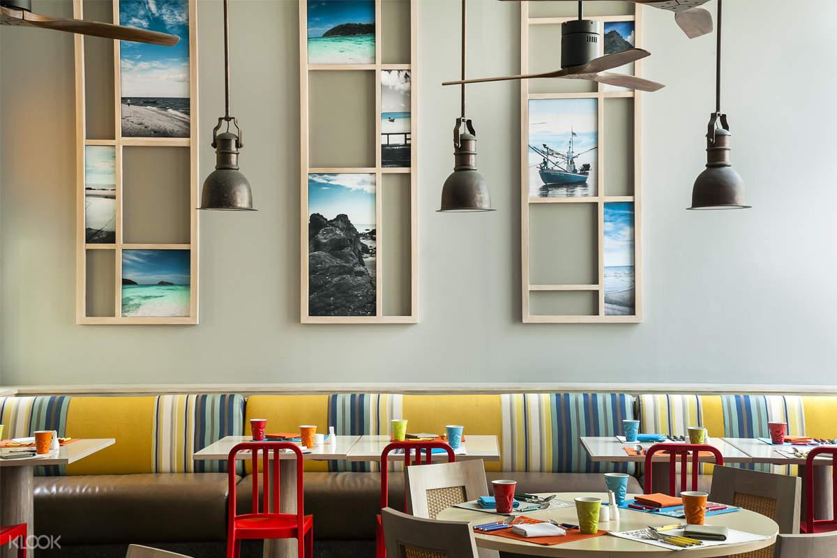 普吉岛假日酒店Sea Breeze Cafe自助餐