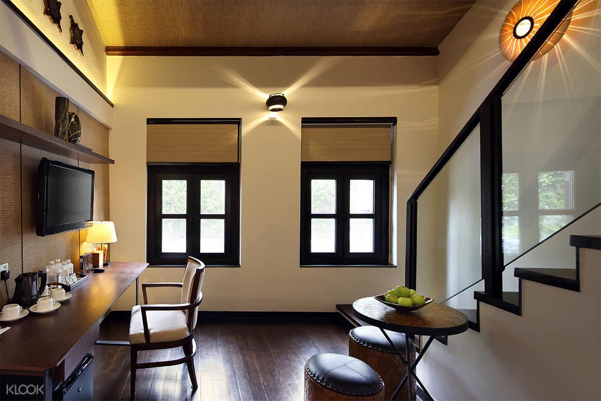 Living Room of Loft Quad
