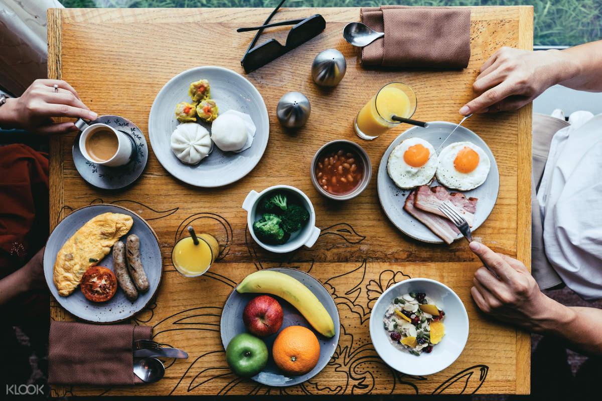Kitchentable - Breakfast