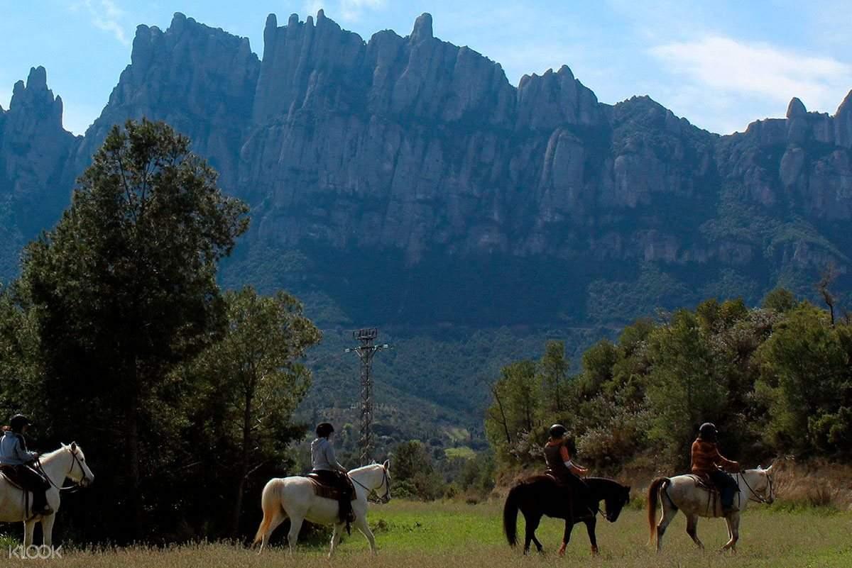 蒙塞拉特山半日游,蒙塞拉特修道院,蒙塞拉特国家公园,蒙塞拉特国家公园骑马,蒙塞拉特国家公园电动自行车