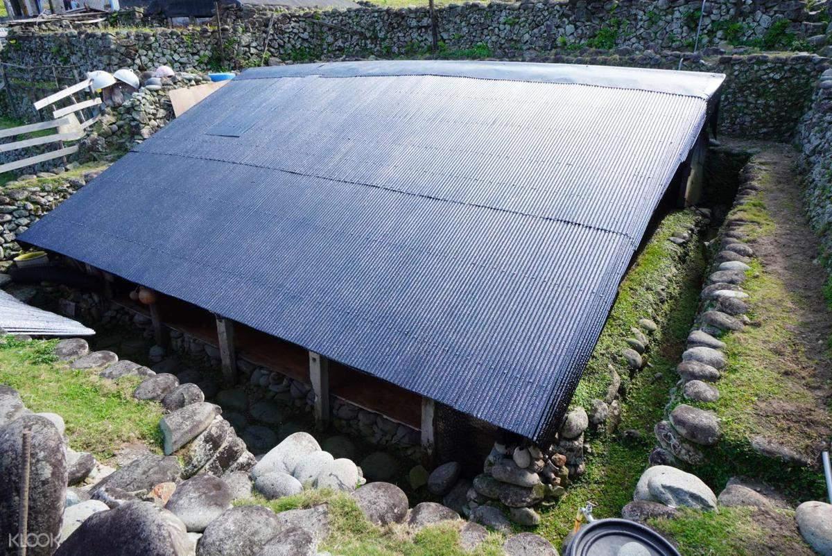 蘭嶼達悟族傳統地下屋