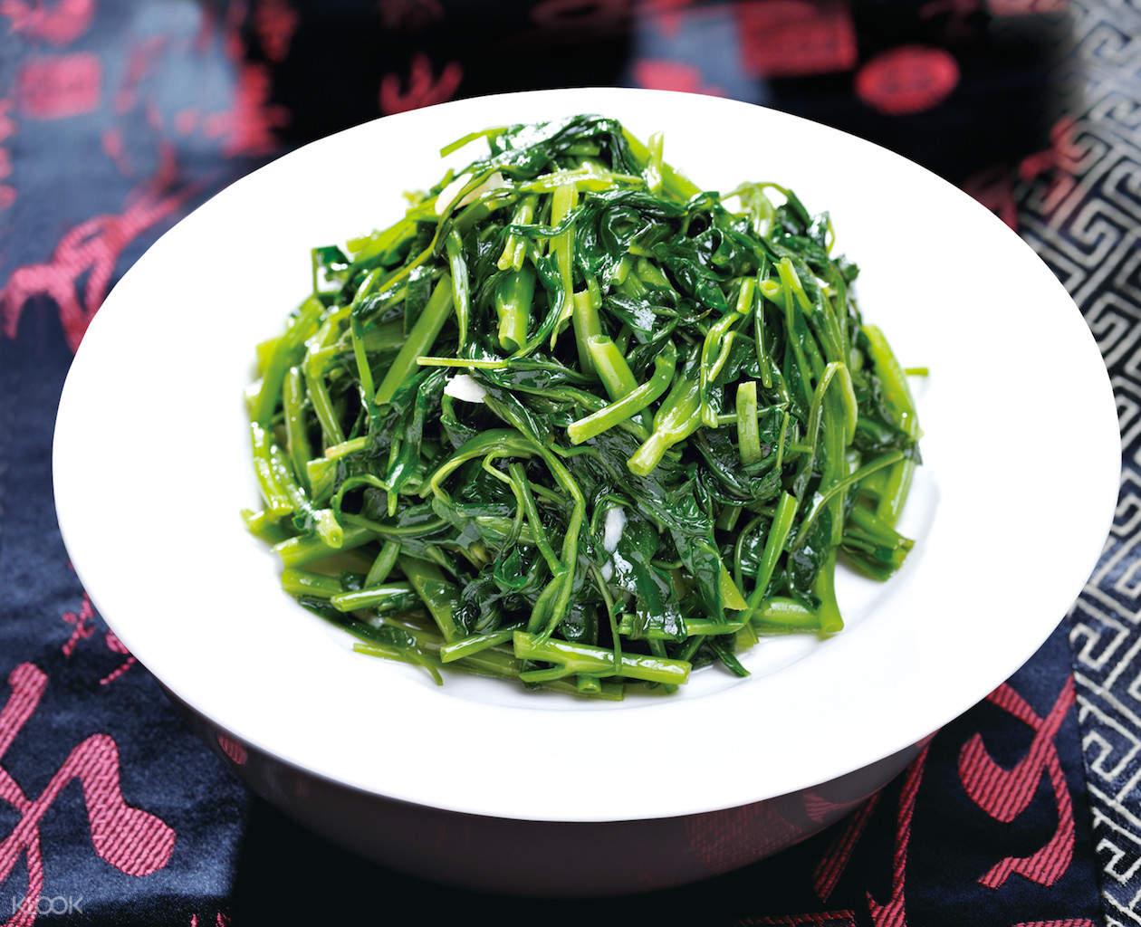 Stir-fried Vegetables at Din Tai Fung at Taipei 101