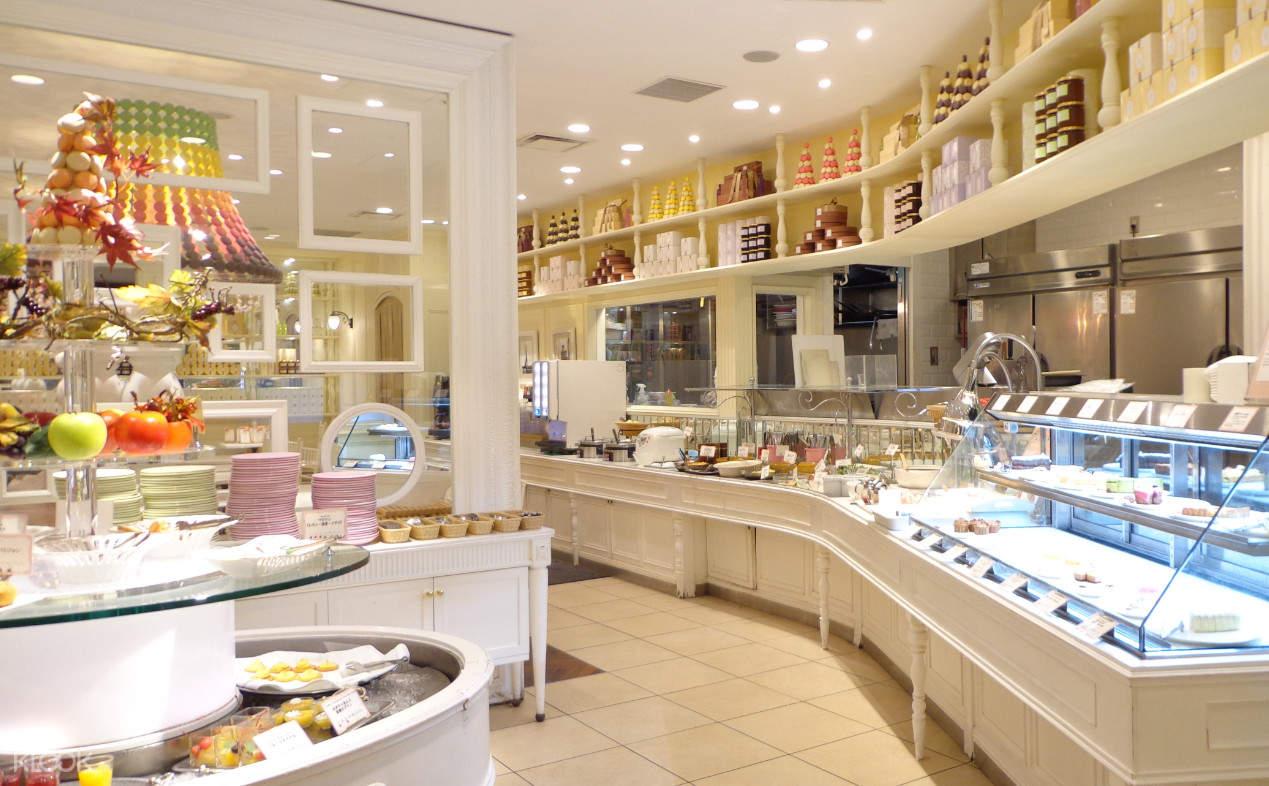 Salon de Sweets甜品店內部