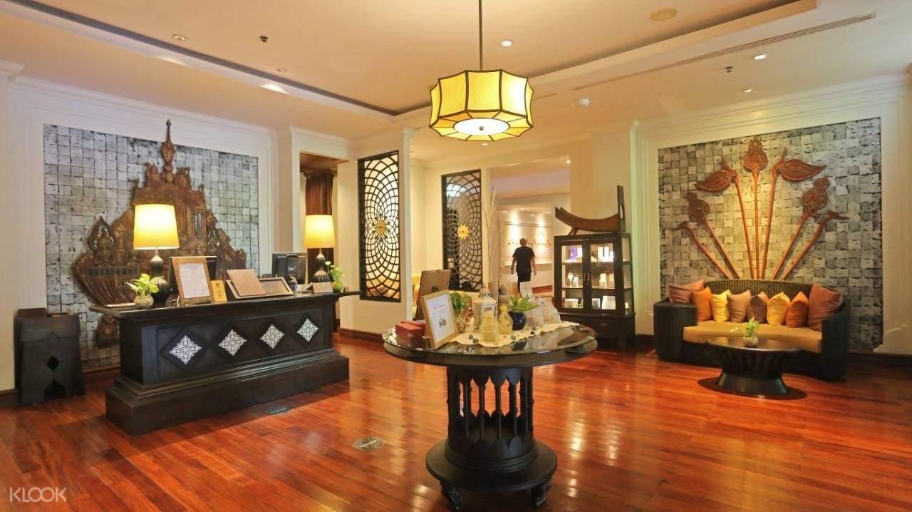 reception area at Mandara spa