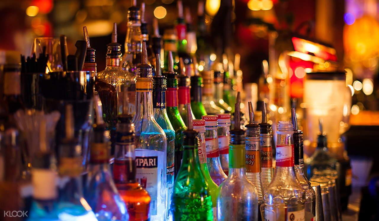 pub crawl mumbai