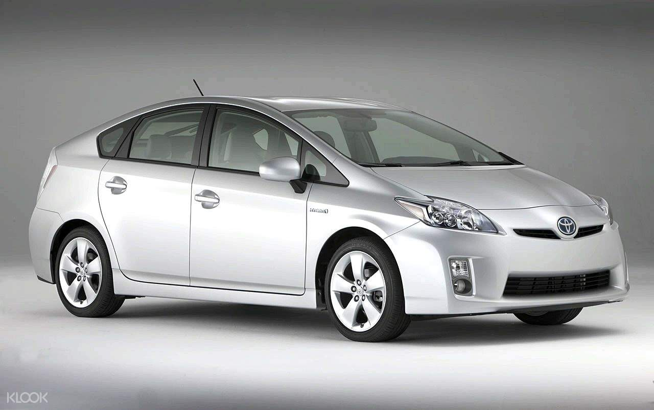 prius 1-3 day car rental okinawa