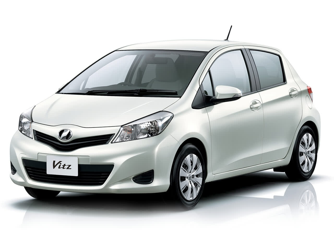vitz 1-3 day car rental okinawa