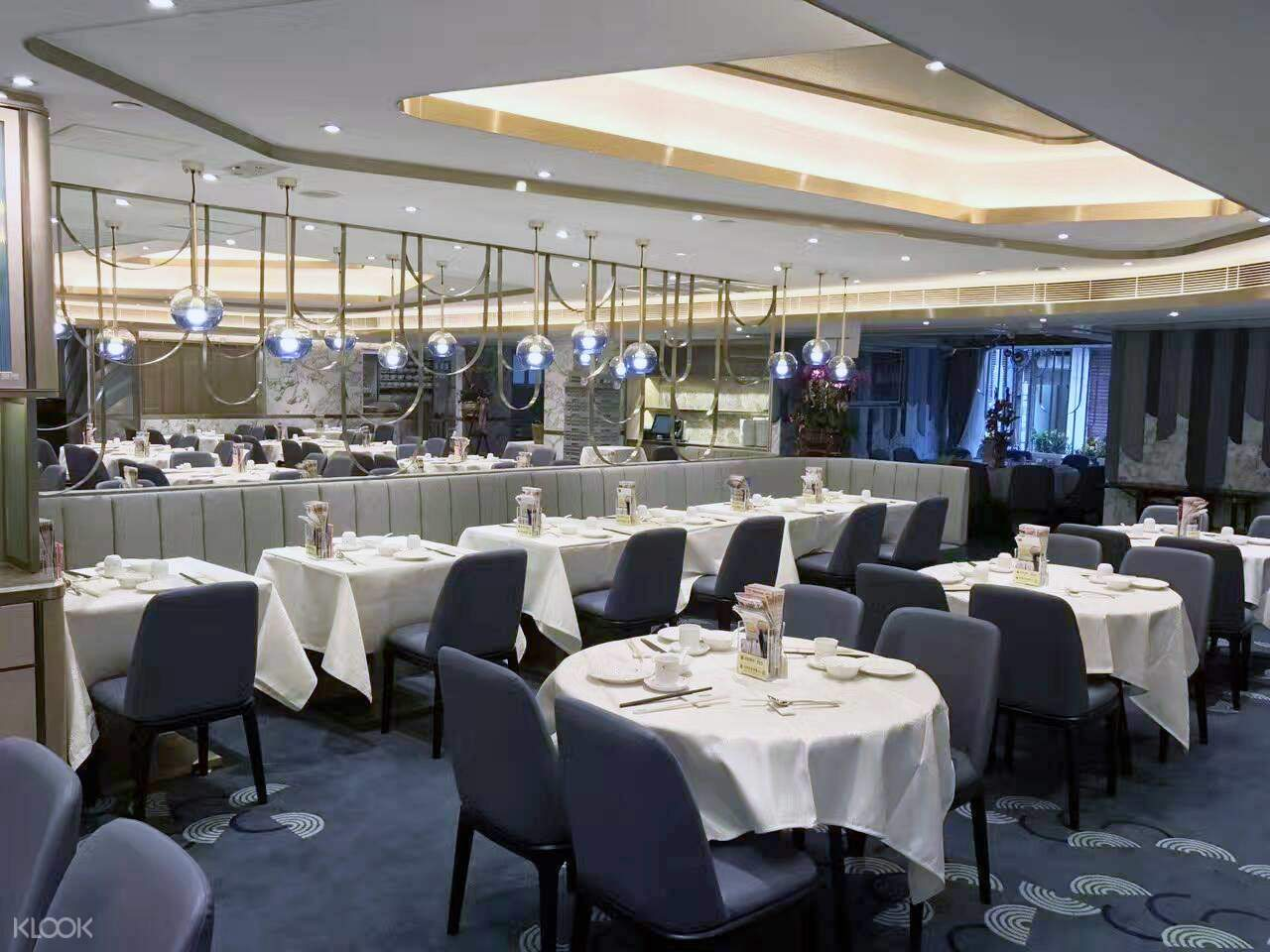 victoria harbour restaurant hong kong