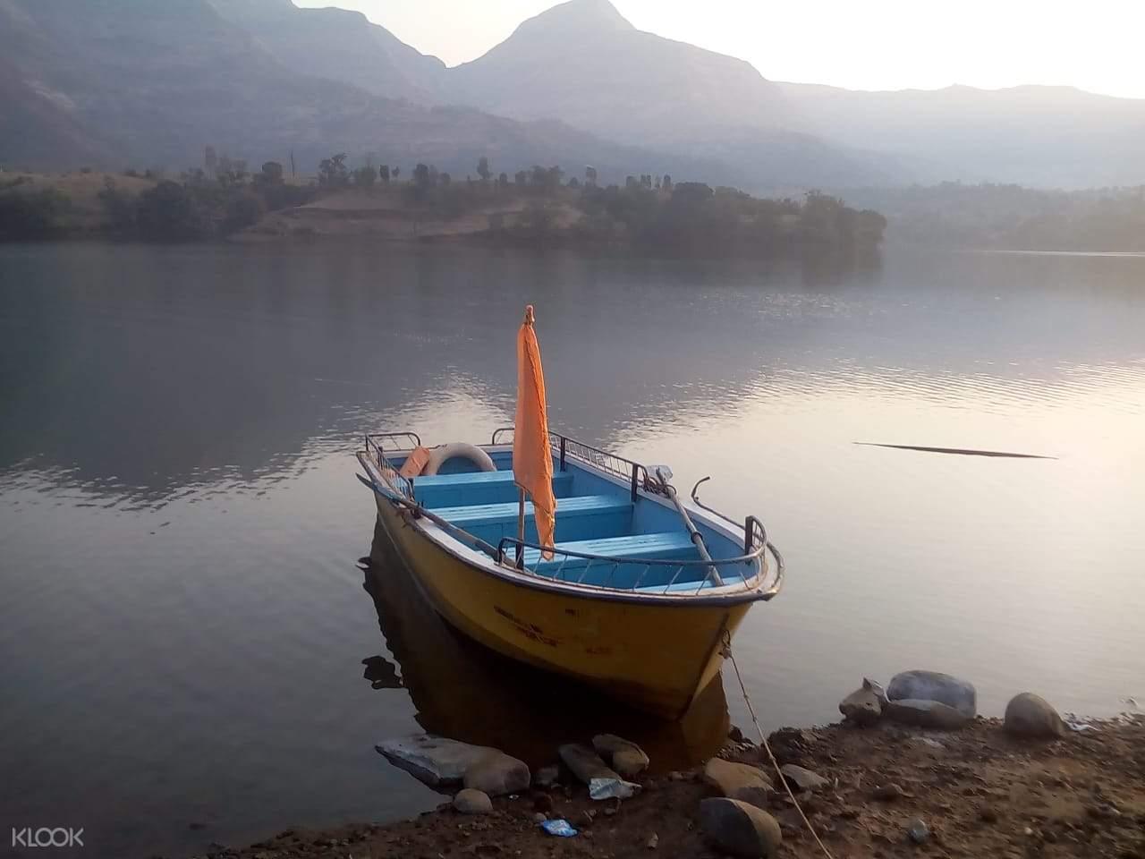 lake boat in india