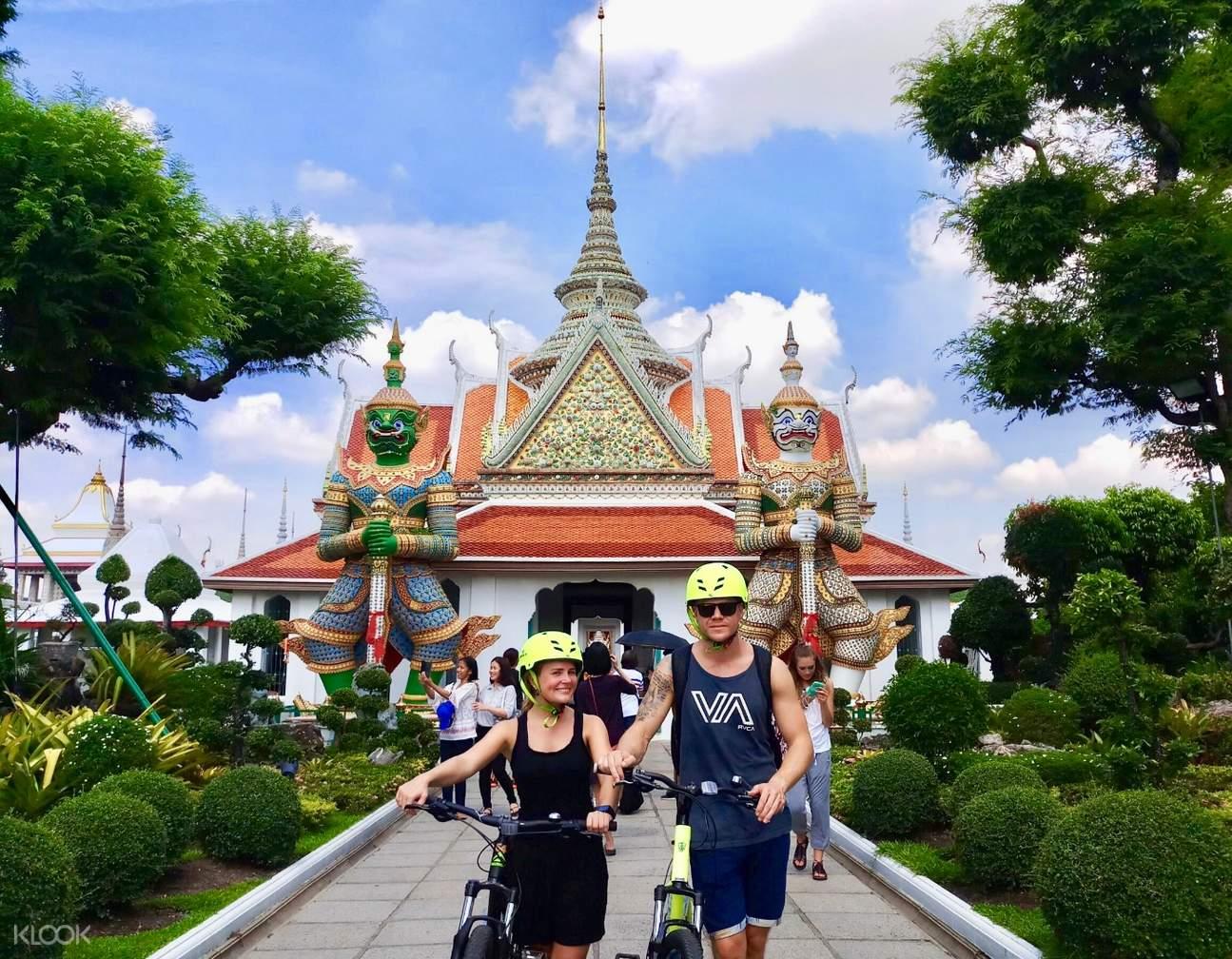 曼谷寺廟騎行一日遊
