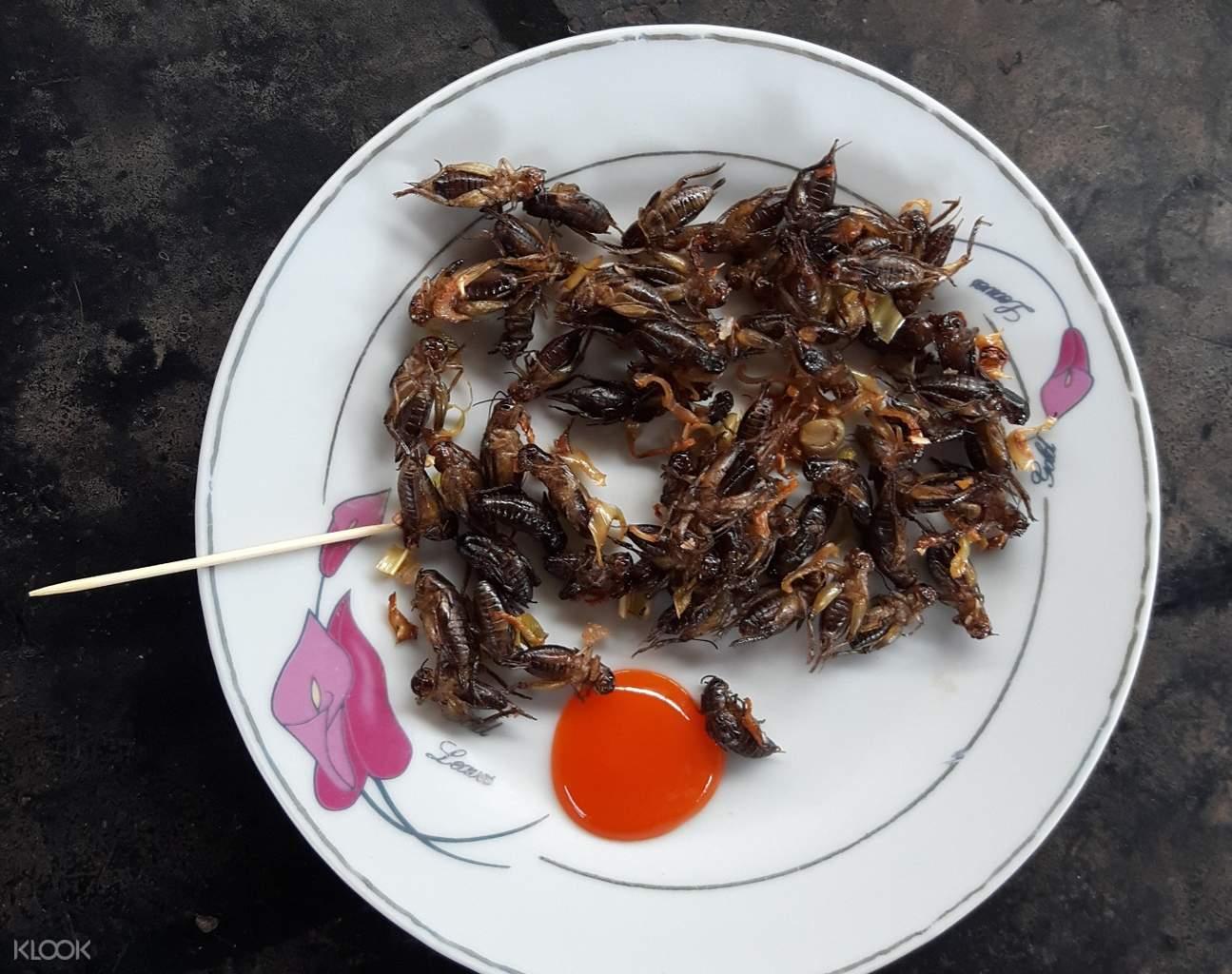 越南板球村炸蟋蟀