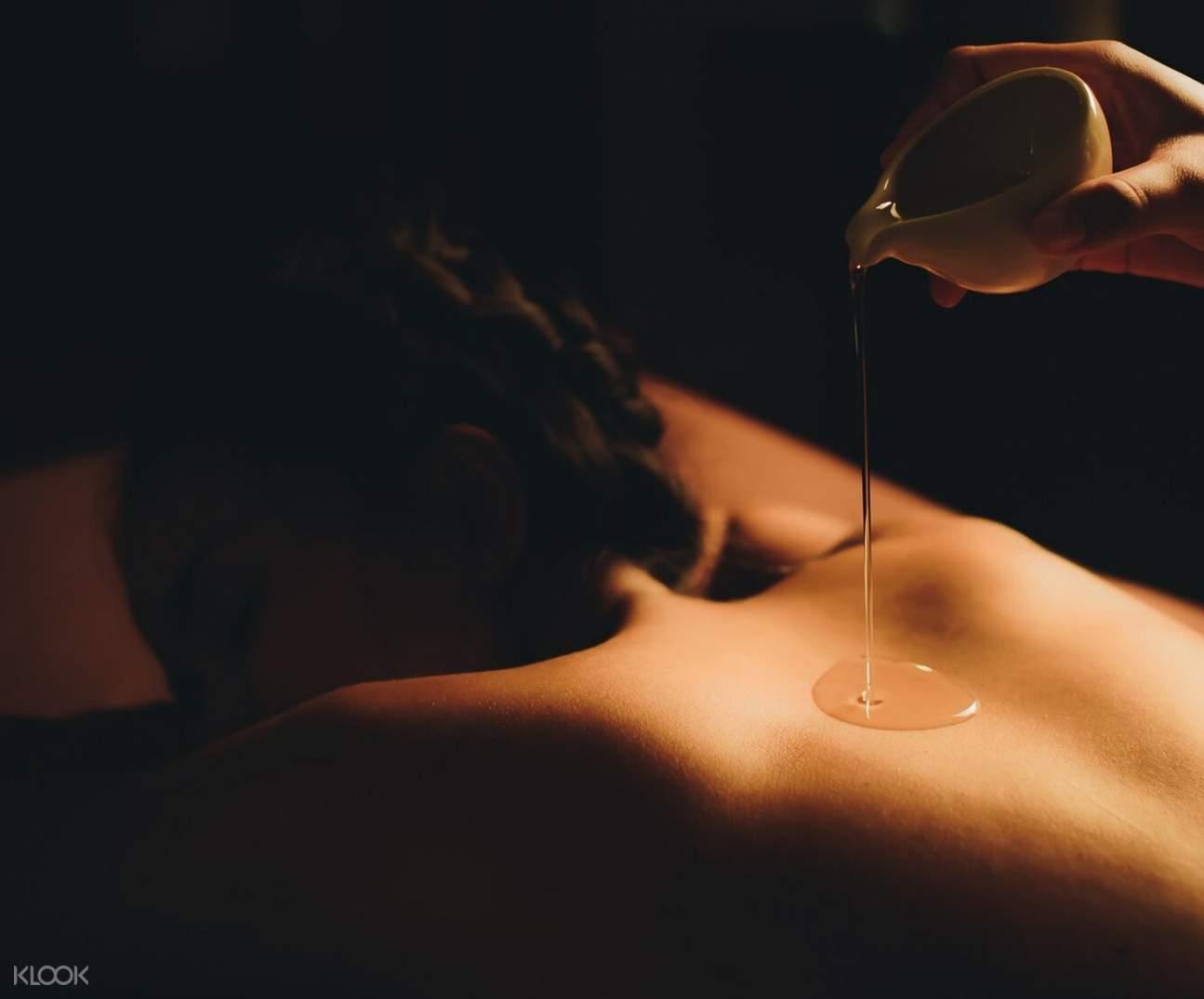 traditional thai massage andara spa phuket thailand