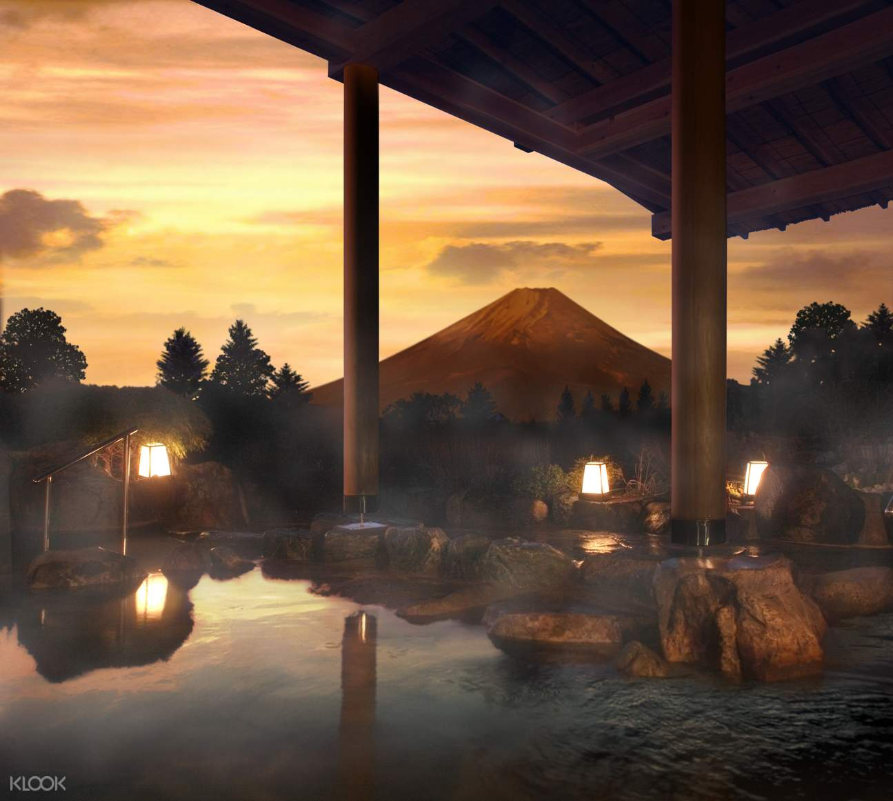 Enjoy the view of Mt. Fuji with open-air bath