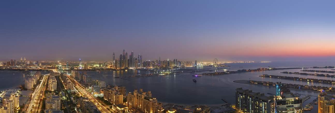 Shoot the largest man-made Dubai Marina.
