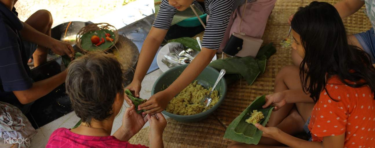 making food with locals of lombok