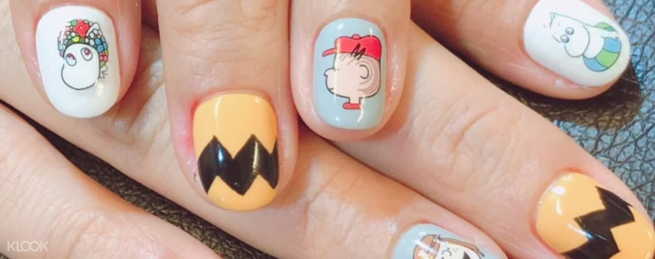 Moomin and Peanuts nail art