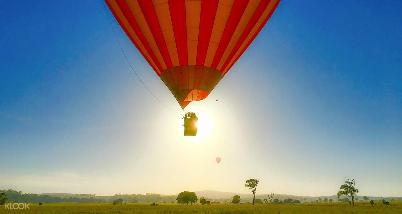 hot air balloon in australia