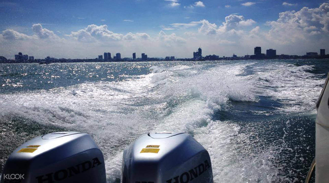 boat ride pattaya