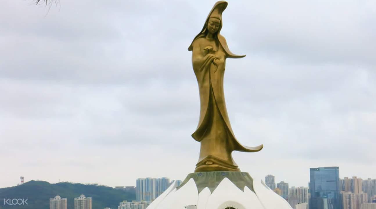 kun iam statue on the macau tour from hong kong