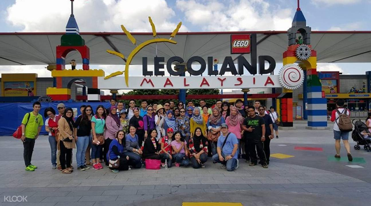 how to get to legoland from singapore