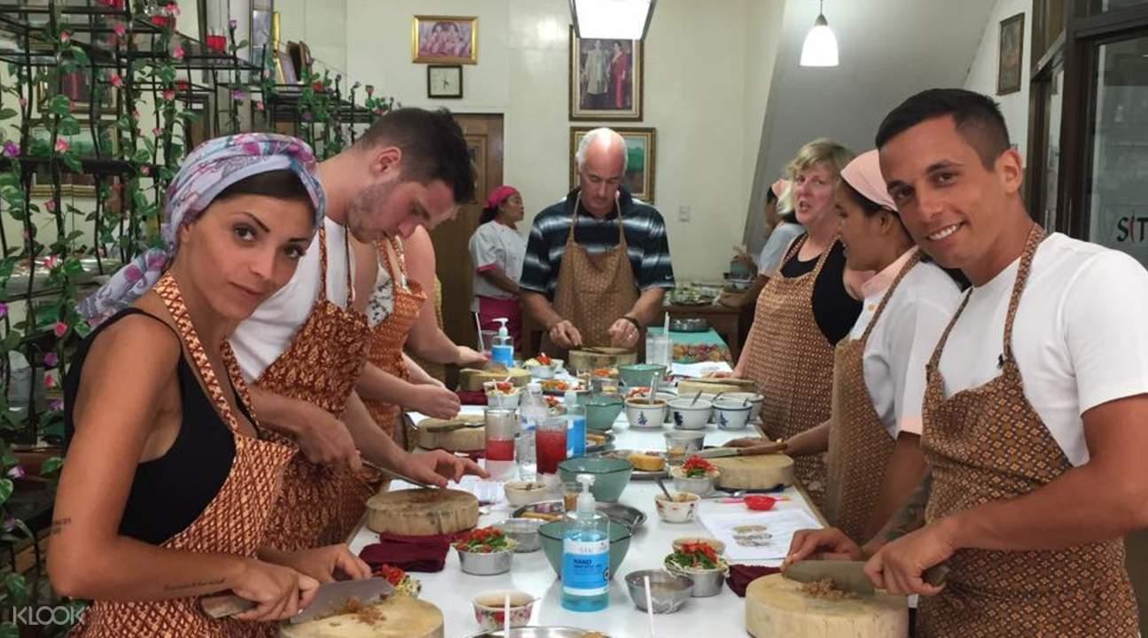 蘇梅島烹飪課程