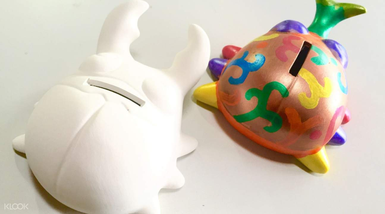 Beetle coin bank painting activity