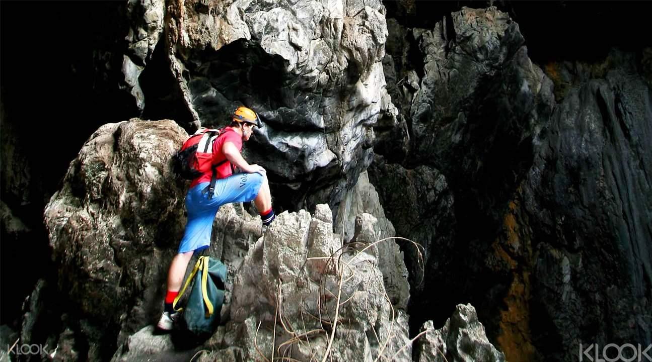 cave tours Thailand