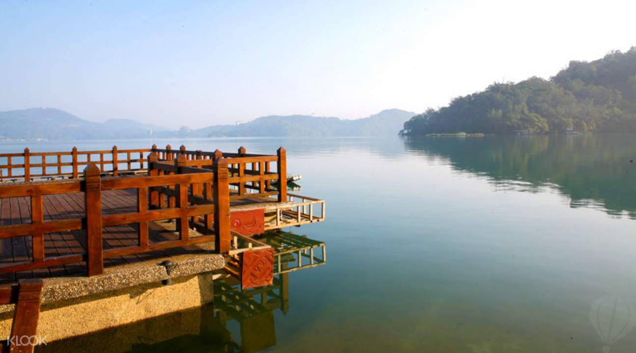 sun moon lake taichung tour