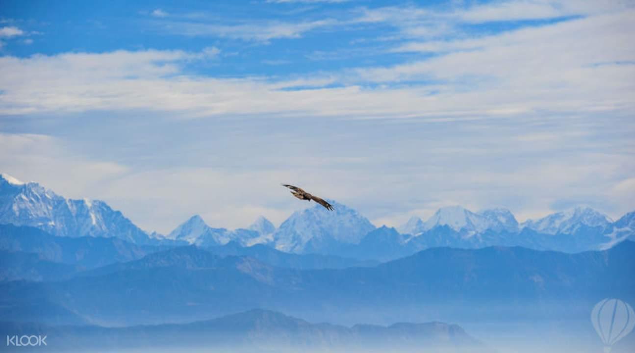日出喜馬拉雅山脈