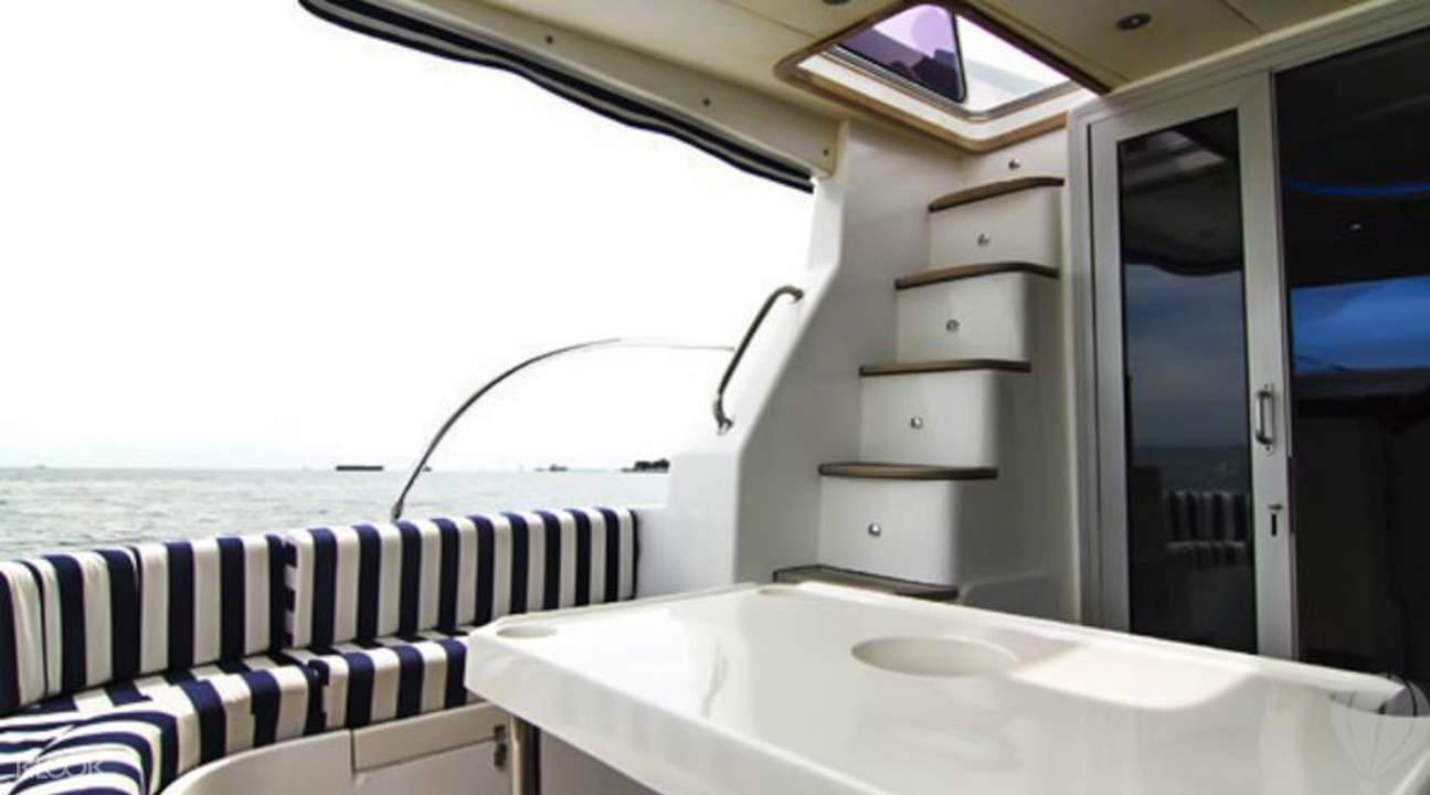singapore yacht charter