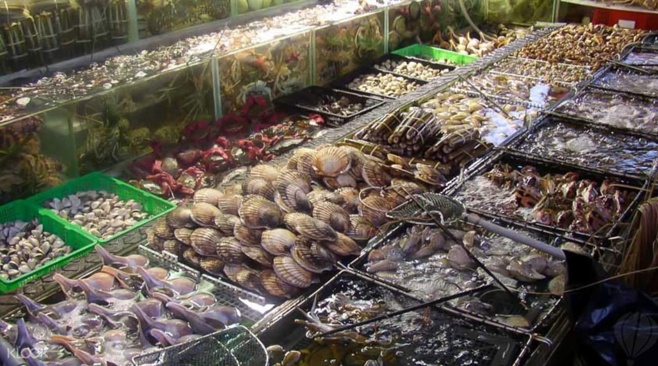 海鲜晚宴夜游维港