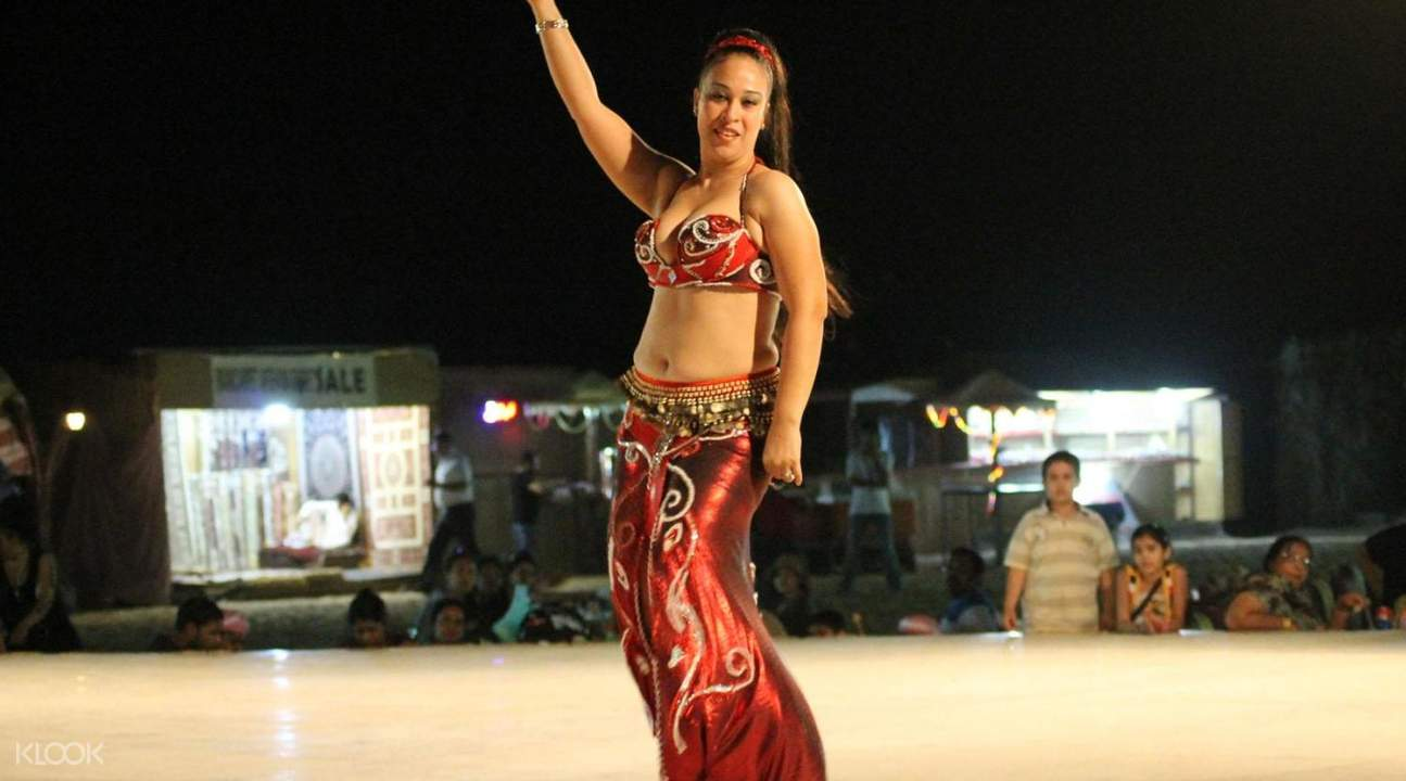 belly dancing tandora show desert safari dubai
