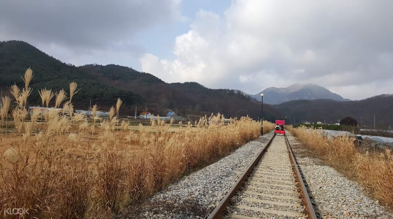 江村铁轨自行车