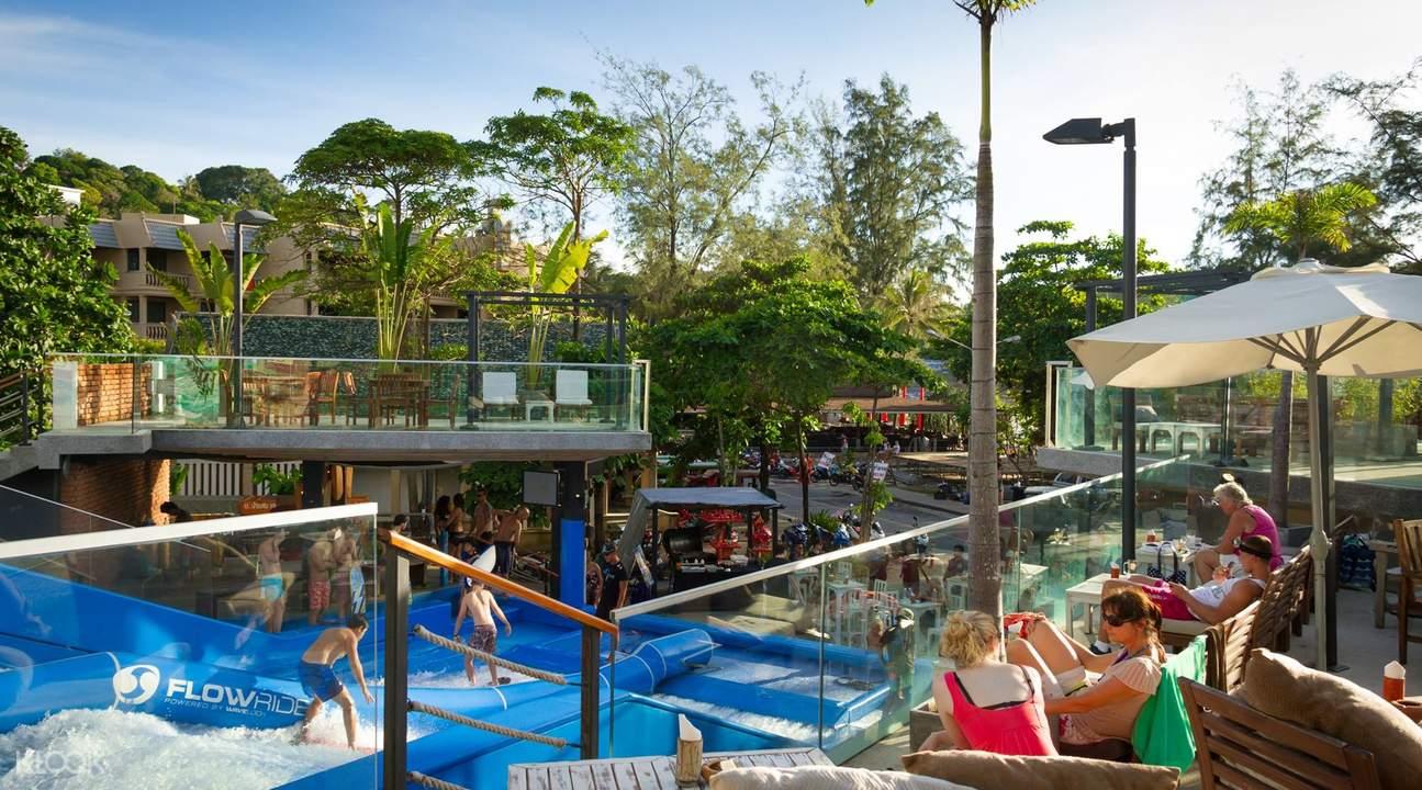 泰国布吉岛冲浪