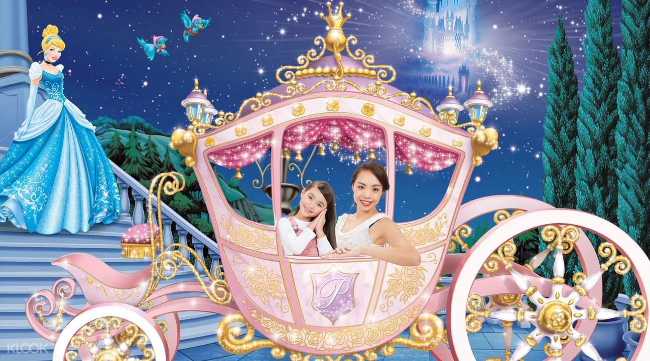 香港迪士尼4D奇幻馆拍照