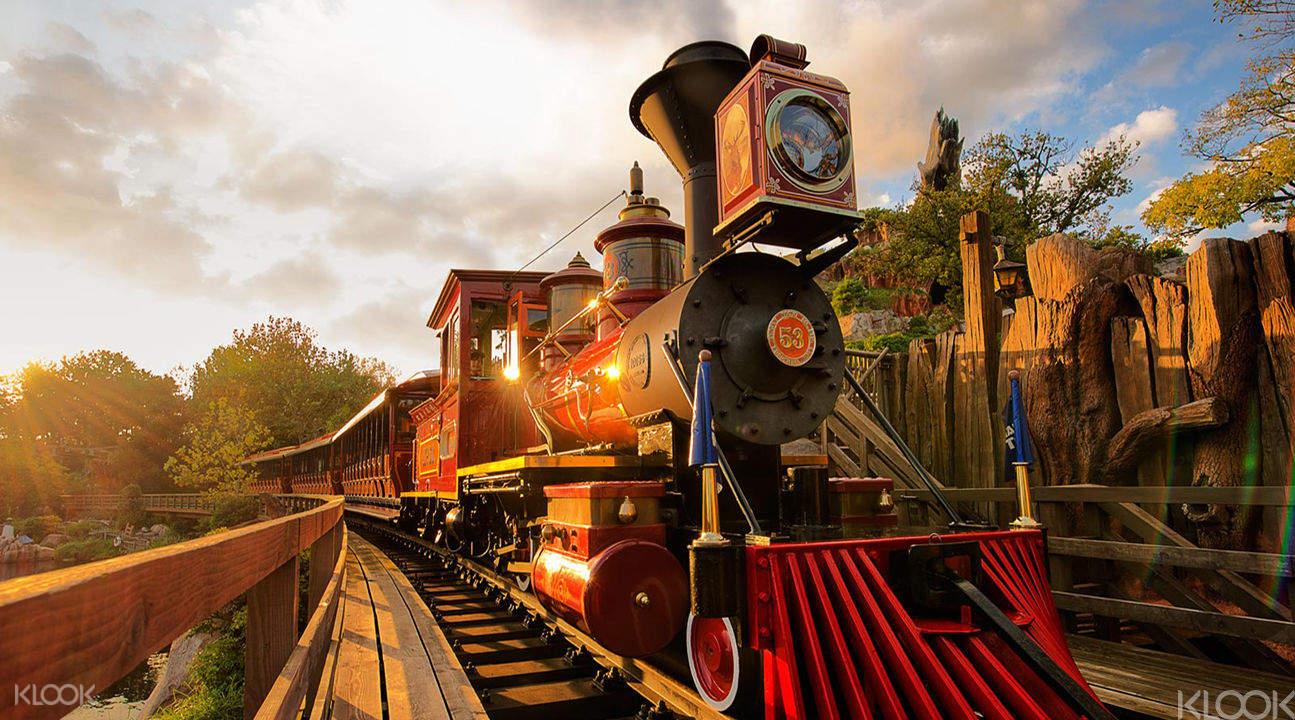 Tokyo Disneyland & DisneySea 2-Day Pass - Klook