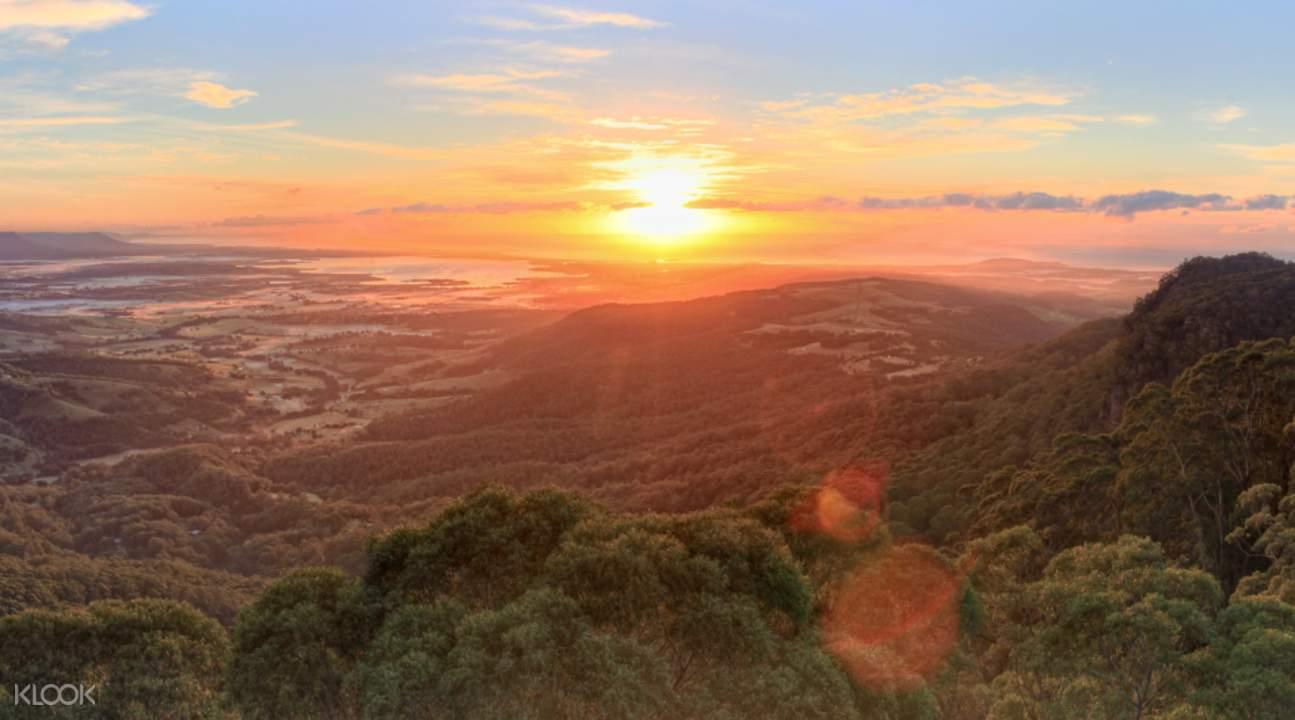 伊拉瓦拉樹頂漫步黃昏