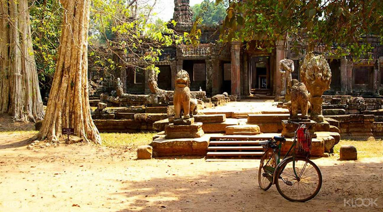 单车骑行古庙宇之路
