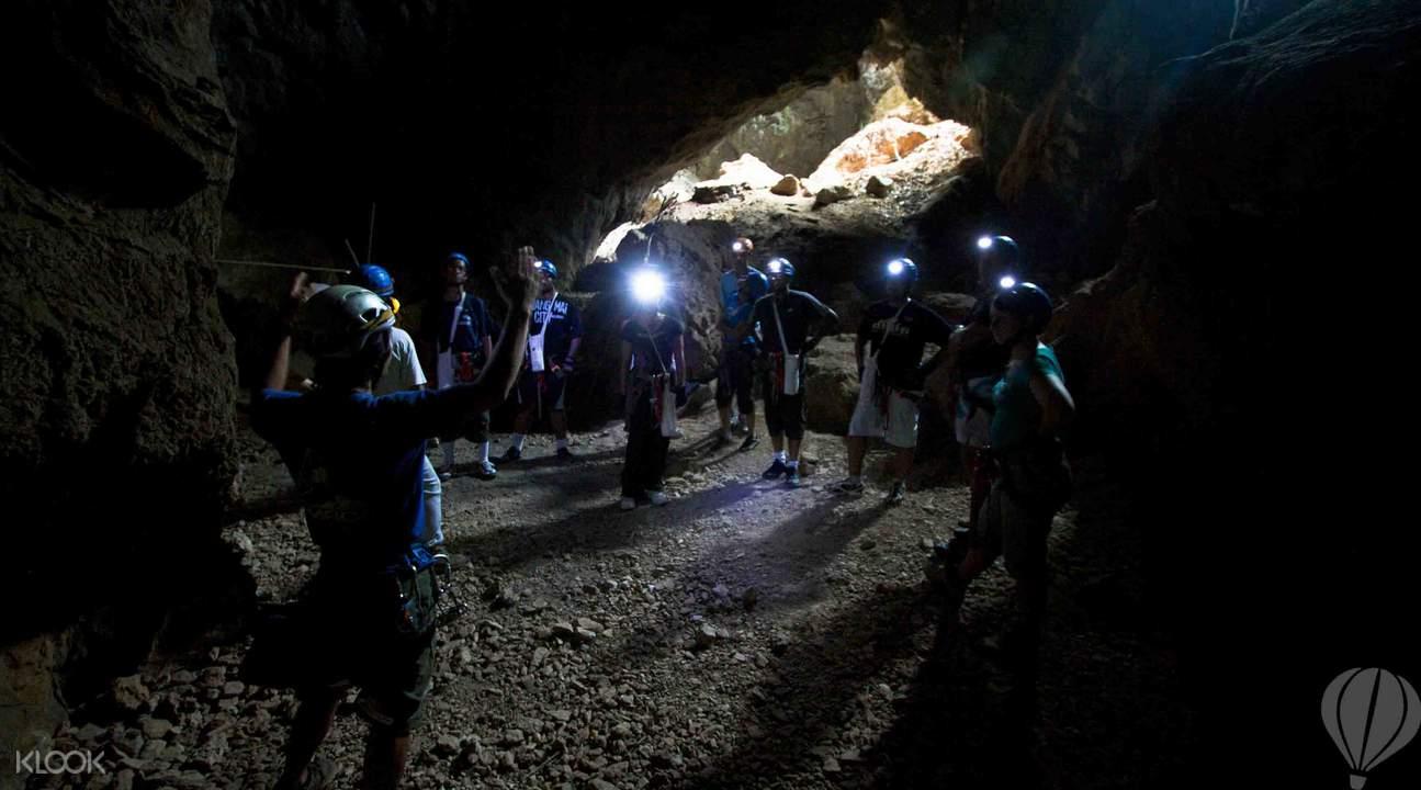 清迈洞穴探险