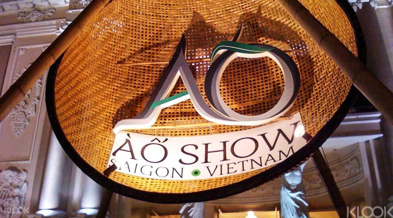 A O Show 門票 & 越南晚餐