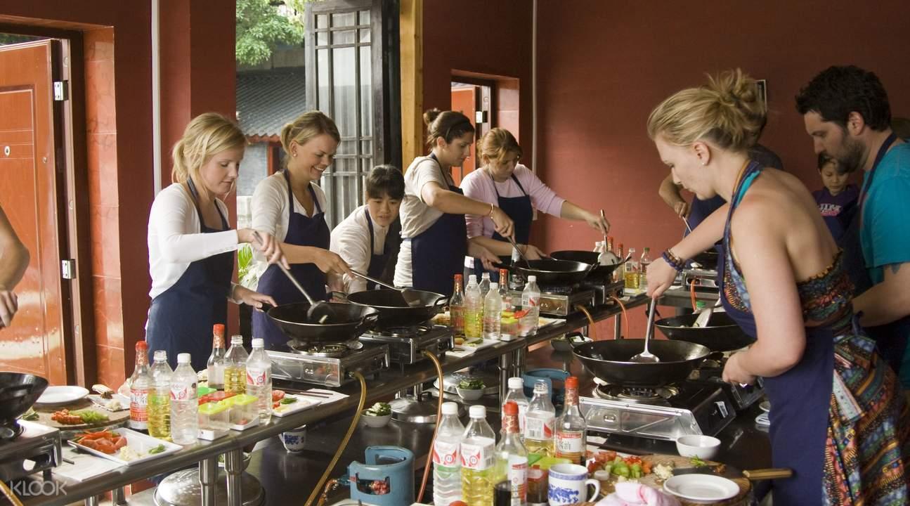 Chinese cooking class Yangshuo